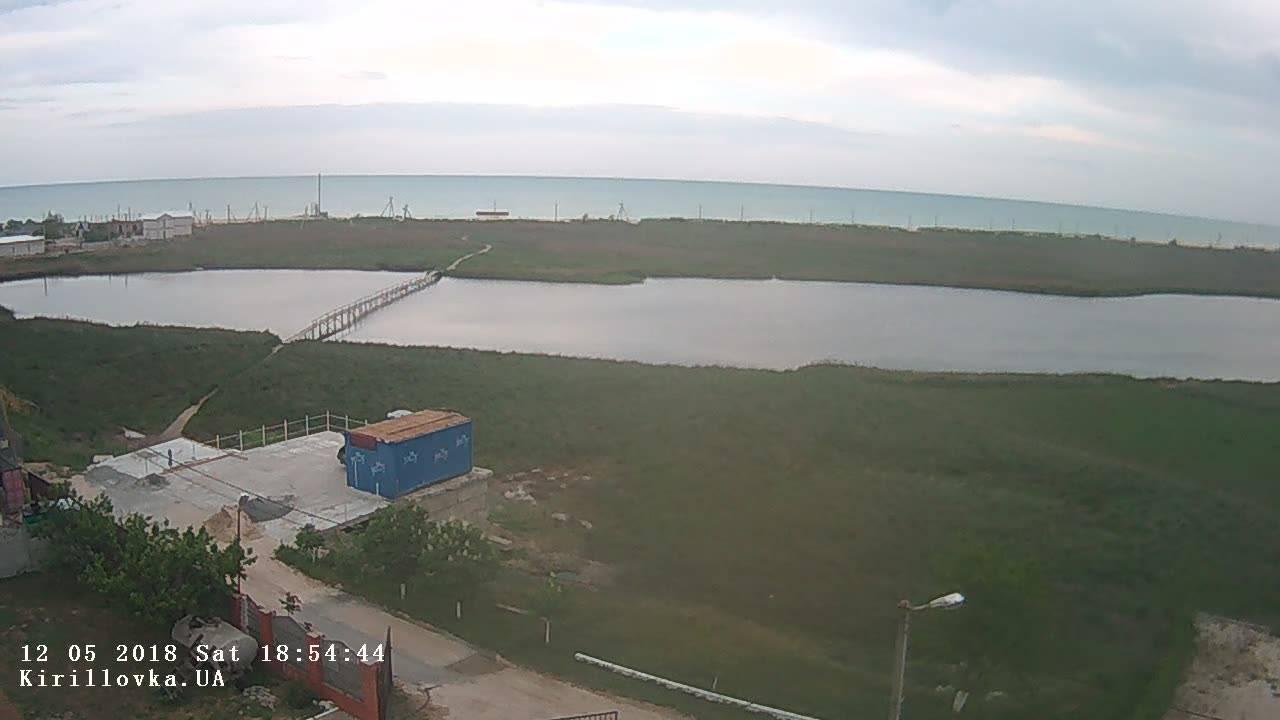 Веб камера с видом на пляж на Бирючем острове
